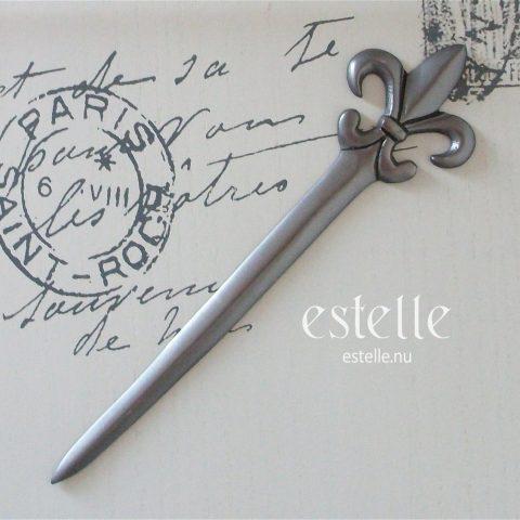 Brevkniv med fransk lilja