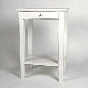 Sängbord i lantlig stil